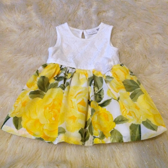 🌻🧸🌼Bright Yellow Floral Dress